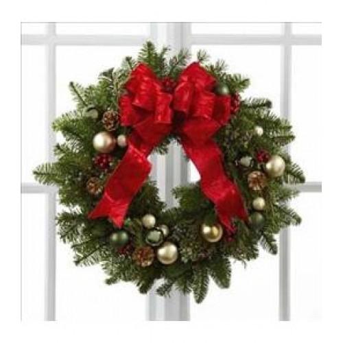 Winter Wonders Wreath