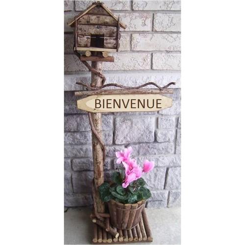 BIENVENUE Wood & vine birdhouse